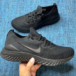 Nike Epic React Flyknit 2 Sneakers Triple Black